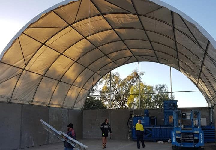 Dome Bunkers go up at Gundy